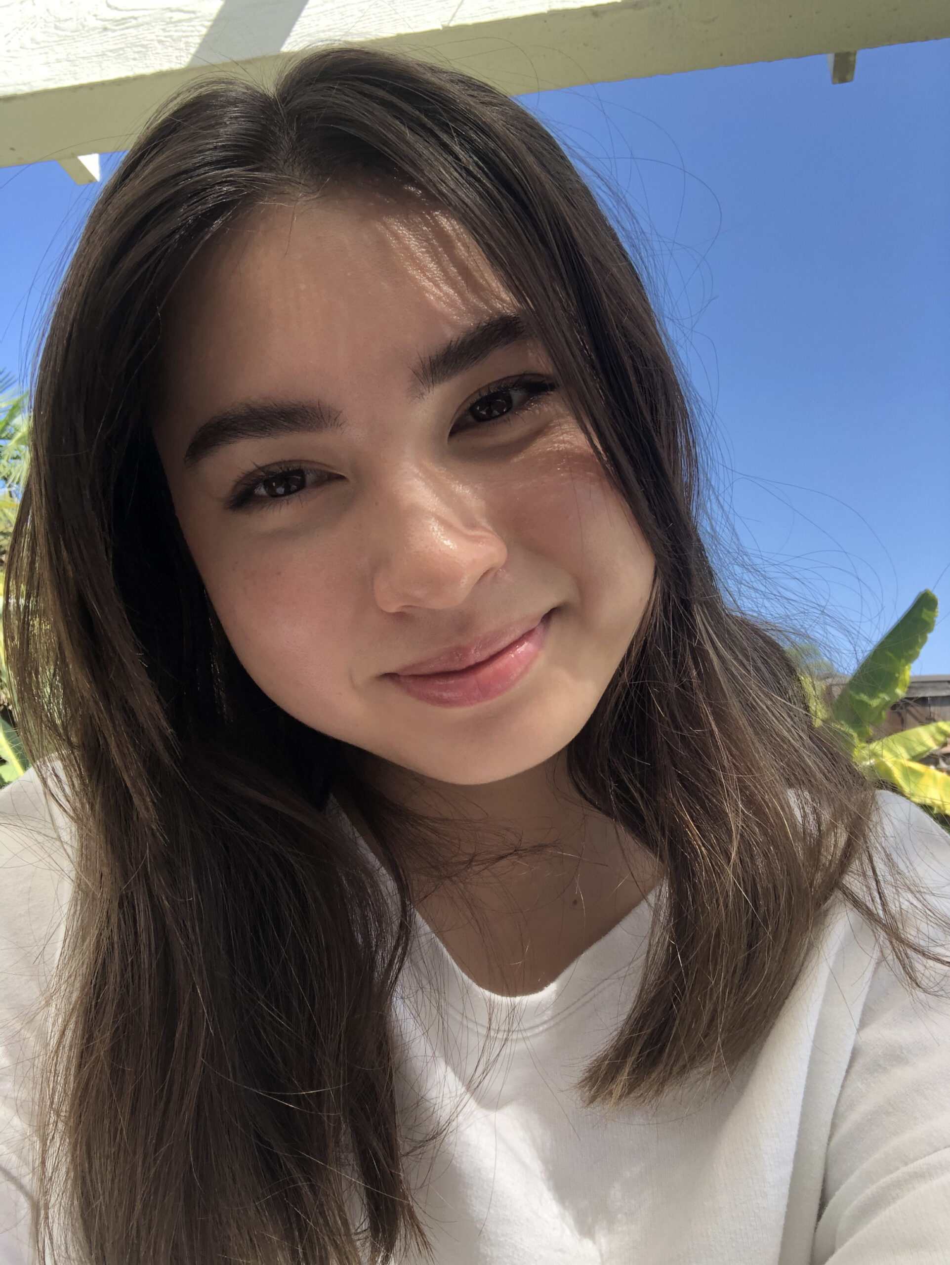 Bella Lastomirsky, Youth Volunteer